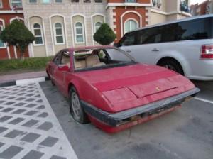 Ferrari-Mondial-abandonnée-à-Dubai-Danny-McL-Flickr-CC-530x397