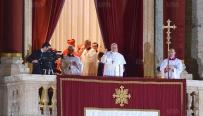 le-pape-francois-se-presente[1]